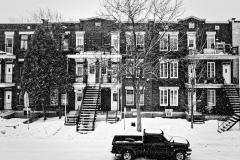 Flocons de neige sur la 6ème avenue à Verdun, Montréal, Québec